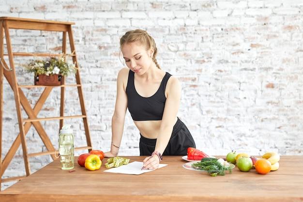 Jeûner pour perdre du poids : est-ce sûr et efficace? | Biron