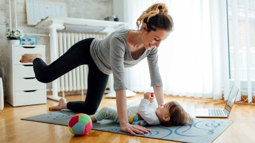 Perte de poids après l'accouchement - combien de temps ? | communaute-hrf.fr